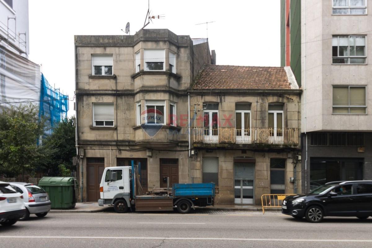 Chalet Adosado en Venta en Casco Viejo - Berbes, Vigo