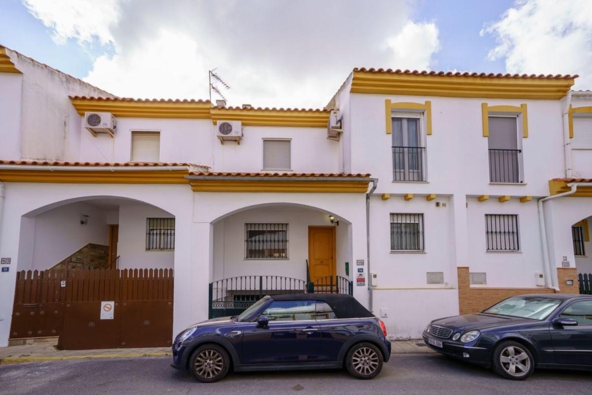 Chalet Adosado en Venta en  Aljaraque