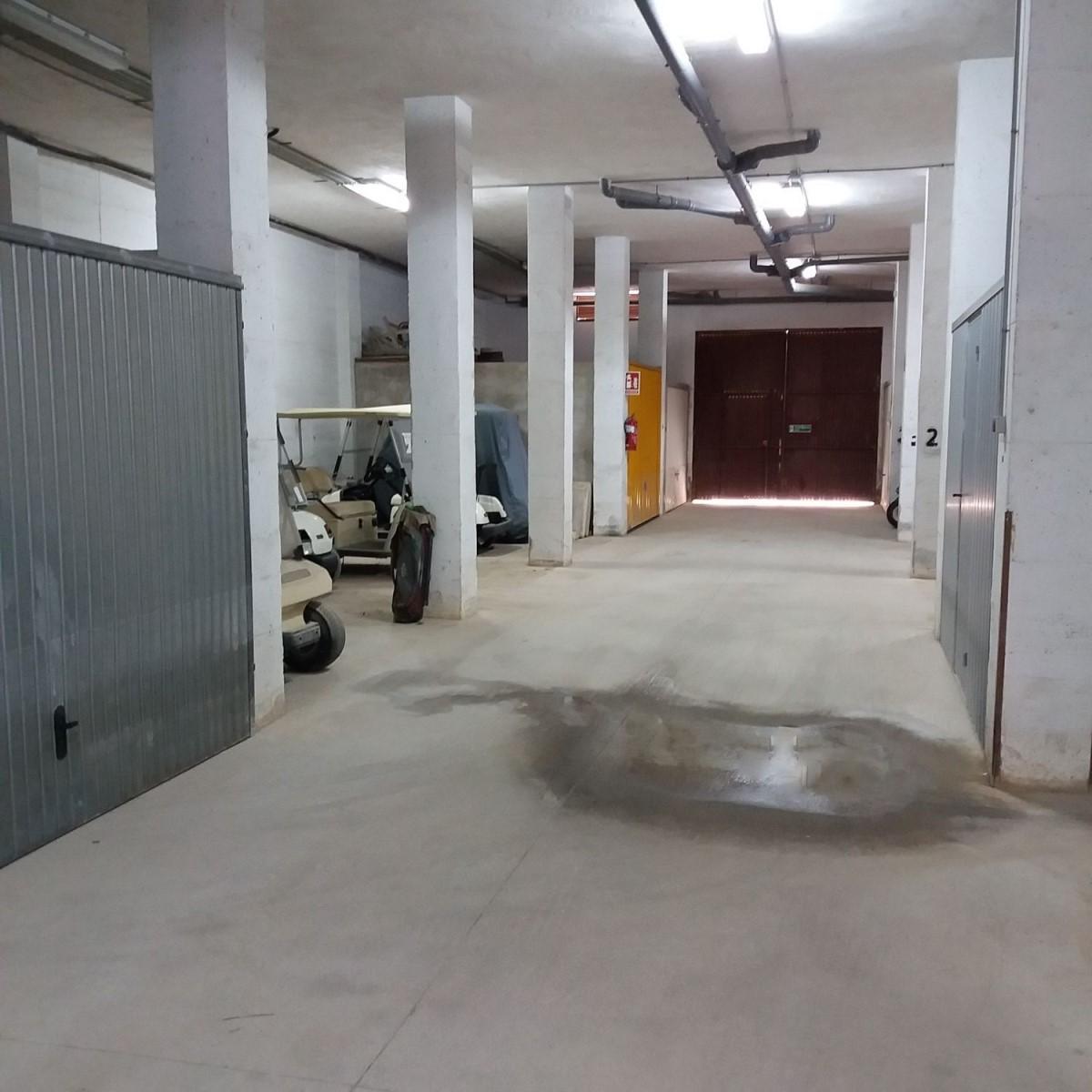 Garaje en Venta en  Orihuela