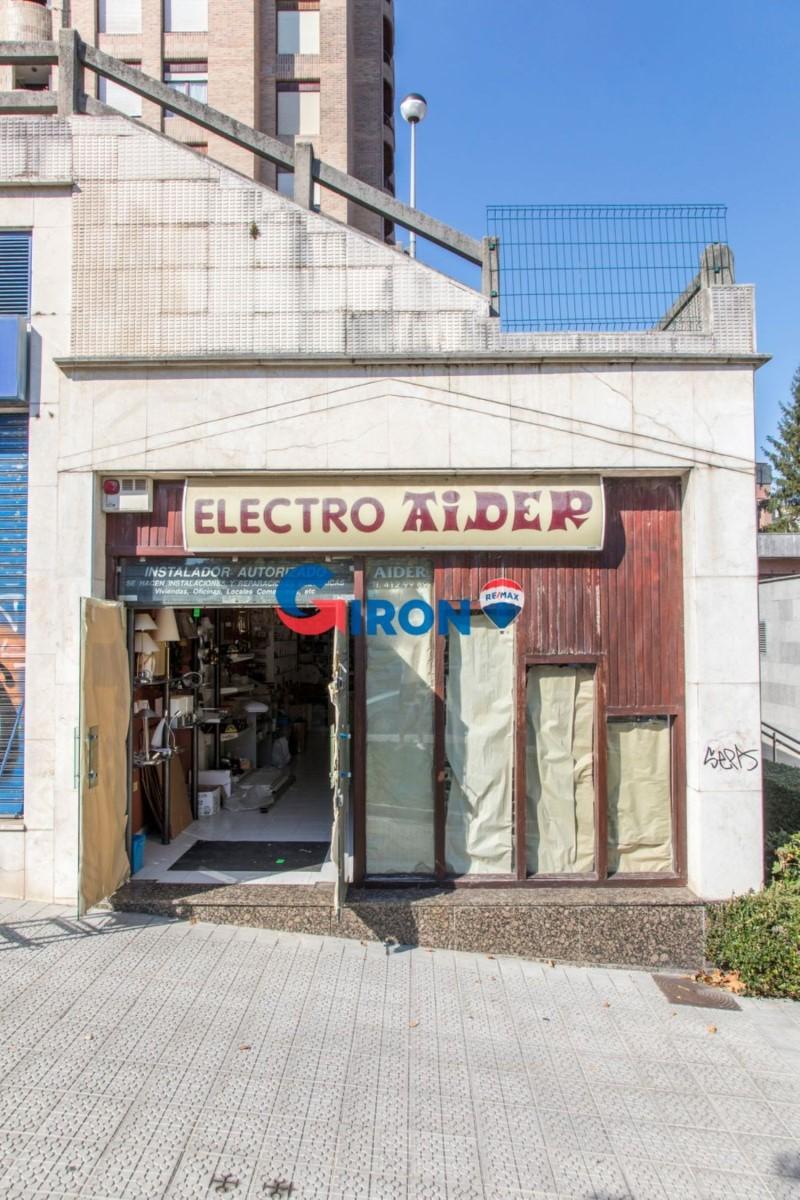 Local Comercial en Alquiler en  Bilbao