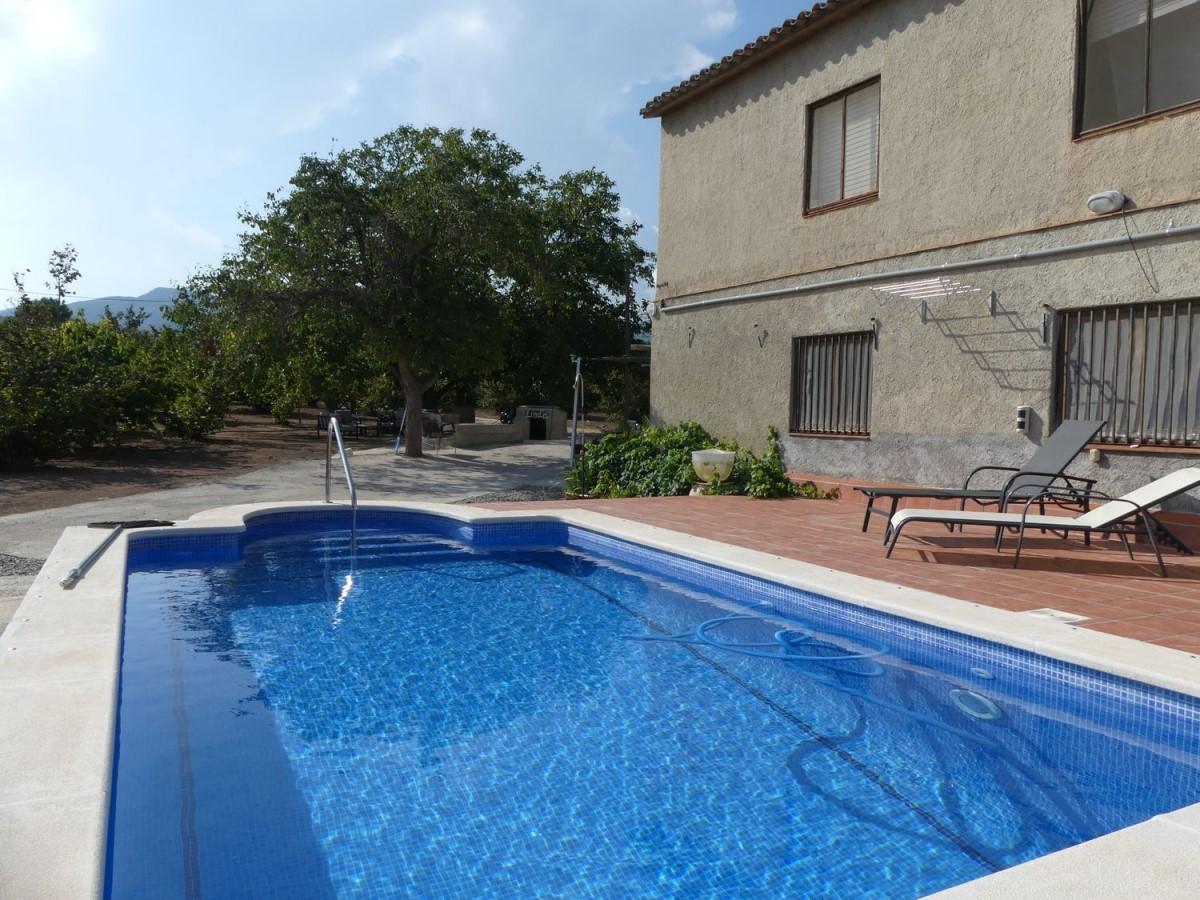 Casa Rural en Venta en  Alcover