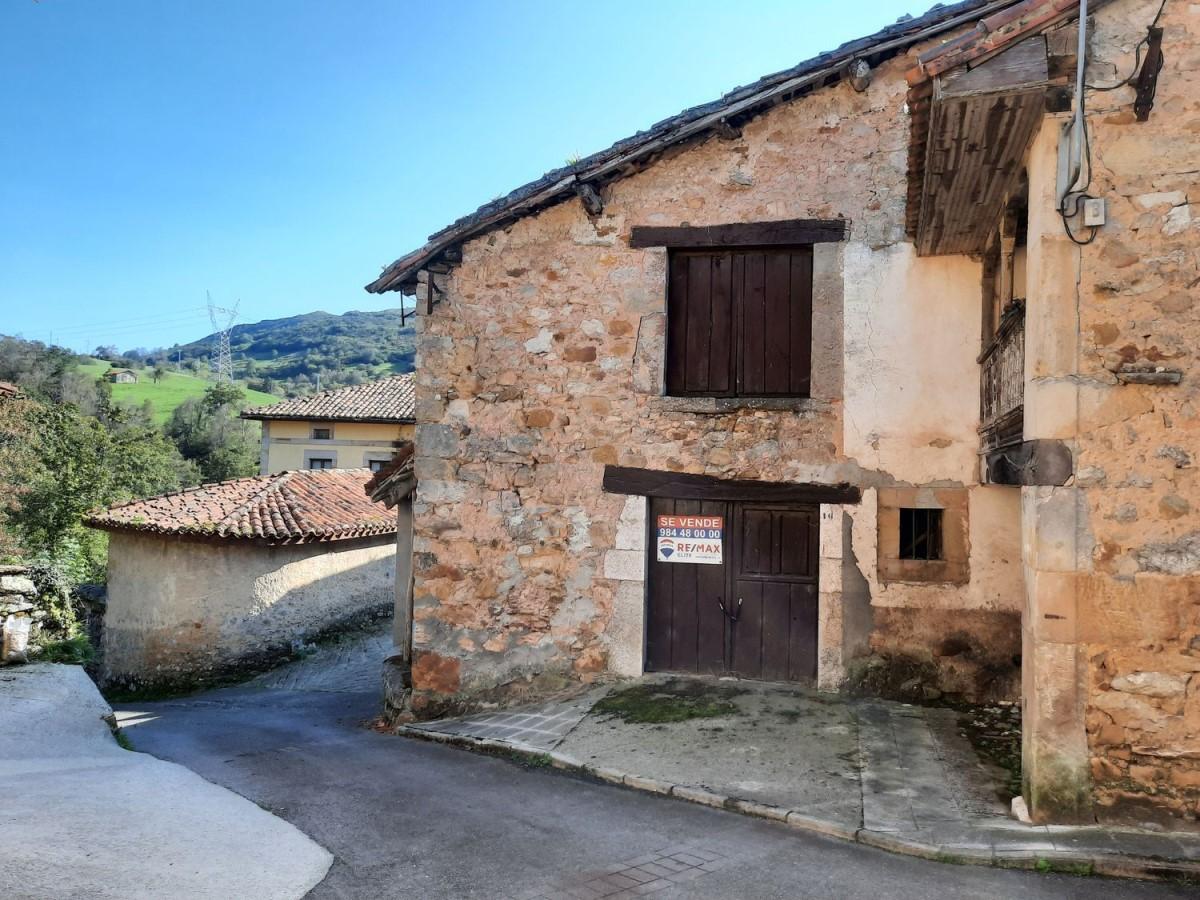 Casa Rural en Venta en  onís