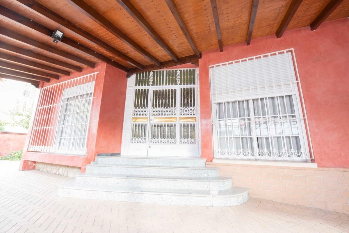 Chalet Adosado en Venta en la palmera - los bermejales, Sevilla