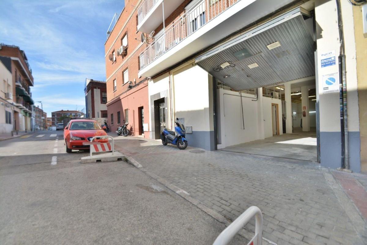 Nave Industrial en Alquiler en Puente De Vallecas, Madrid