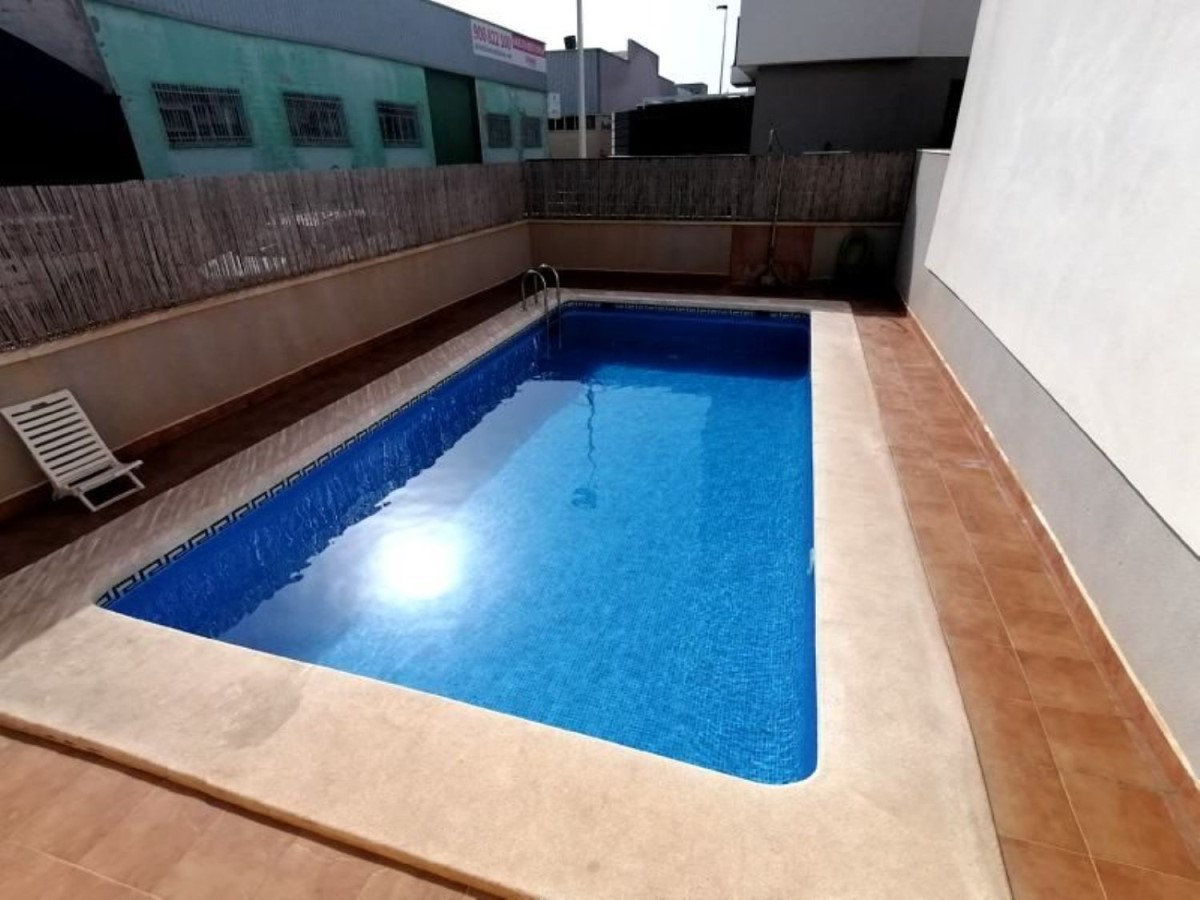 Apartment  For Sale in  Santa Pola