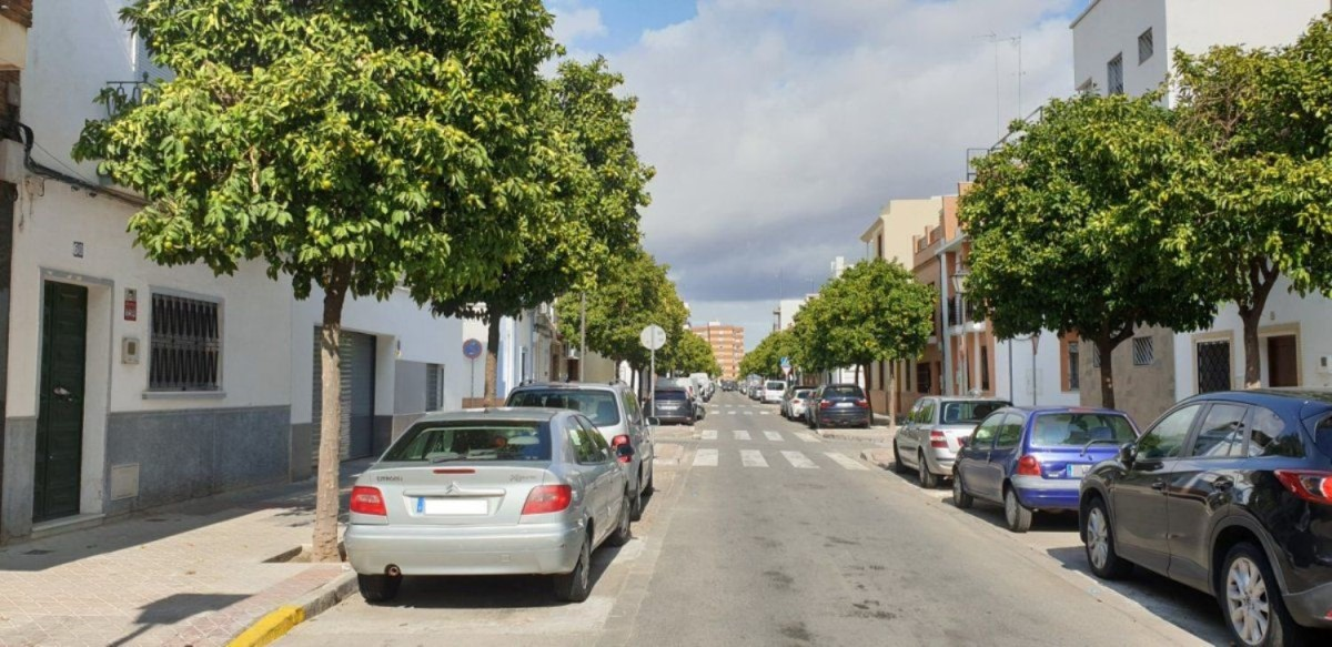 Chalet Adosado en Venta en nervión, Sevilla