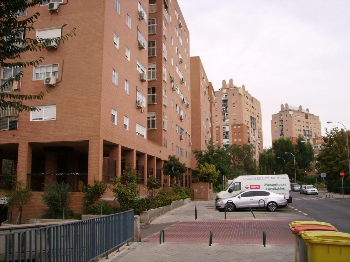Garaje en Venta en Puente De Vallecas, Madrid