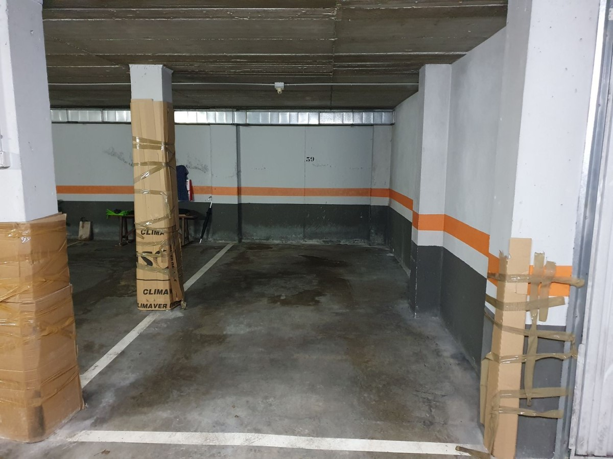 Garaje en Alquiler en  Donostia-San Sebastián