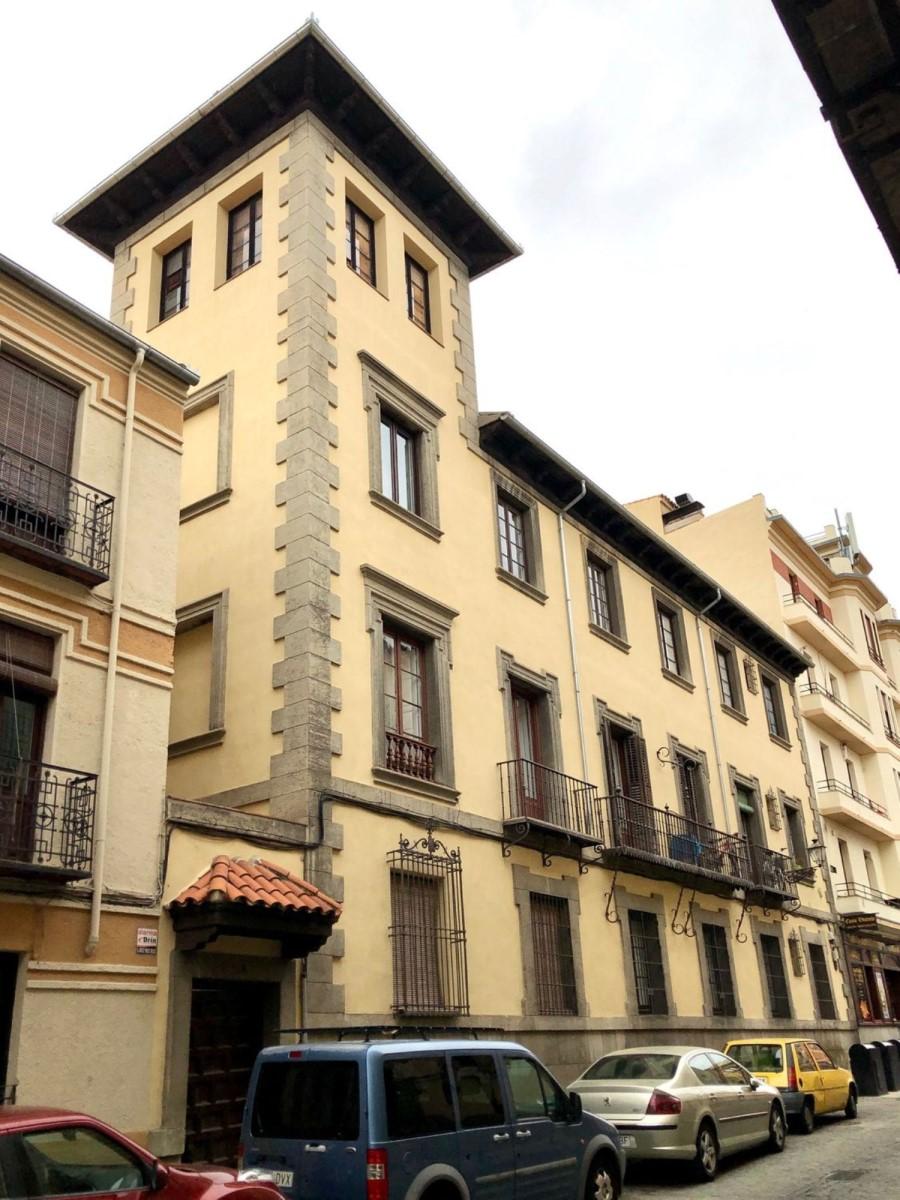 Edificio de Viviendas en Venta en  Segovia