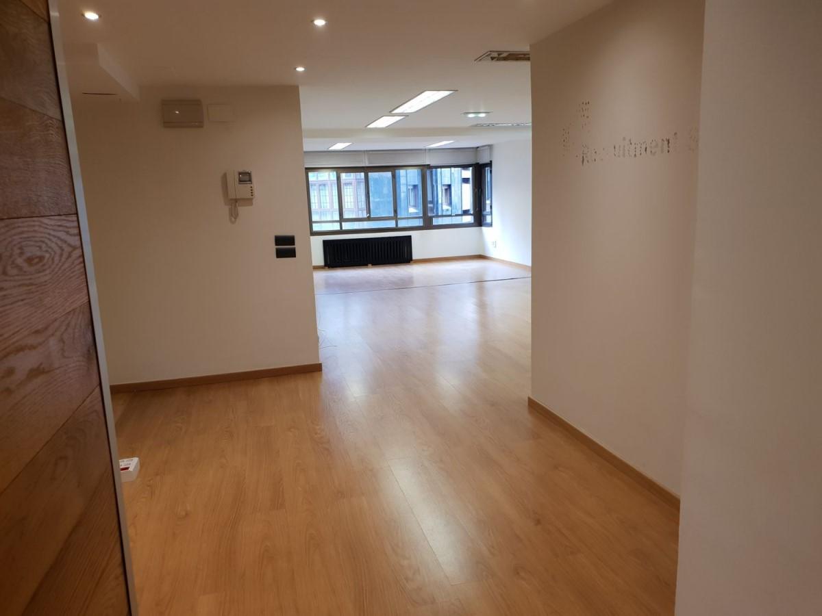 Oficina en Venta en Centro, Gijón