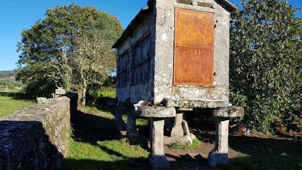 Casa Rural en Venta en  Pazos de Borbén