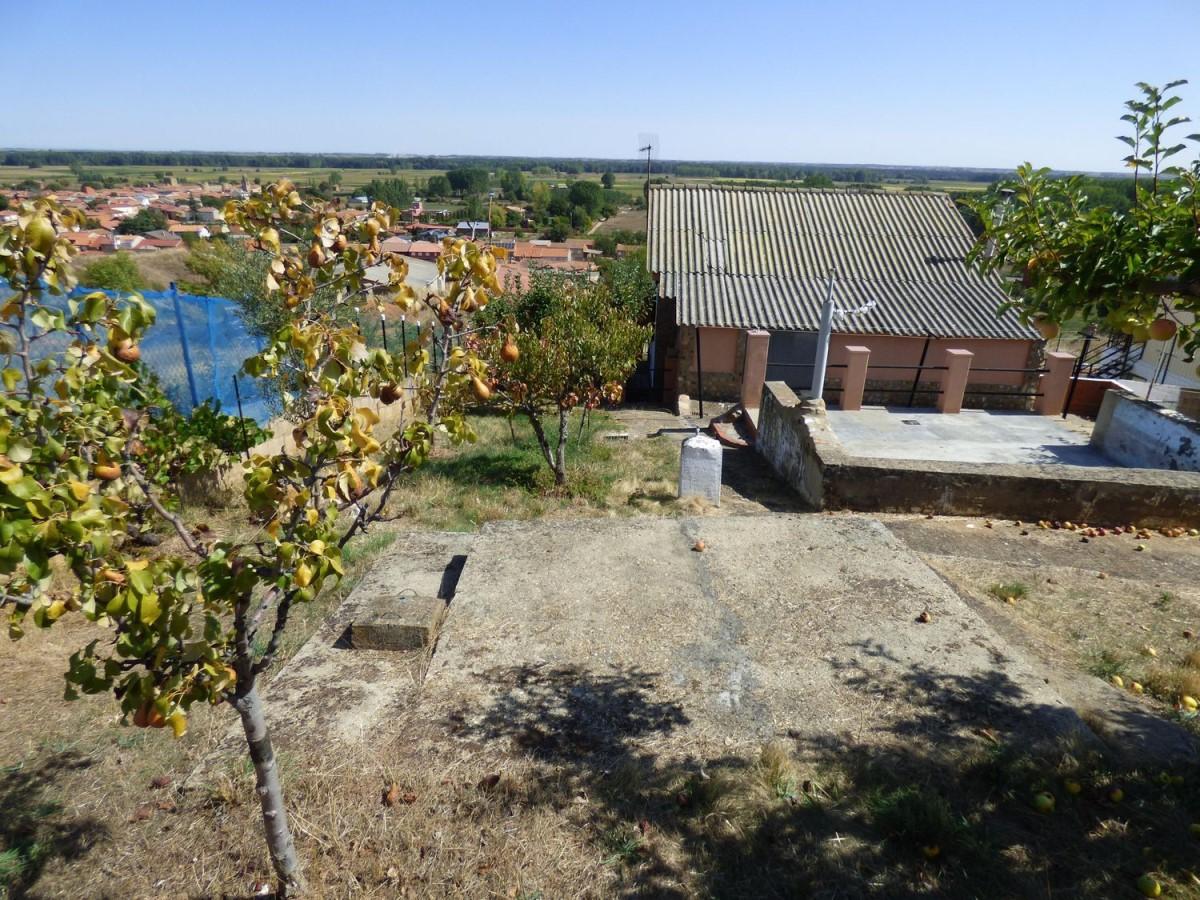 Casa Rural en Venta en  Alija del Infantado