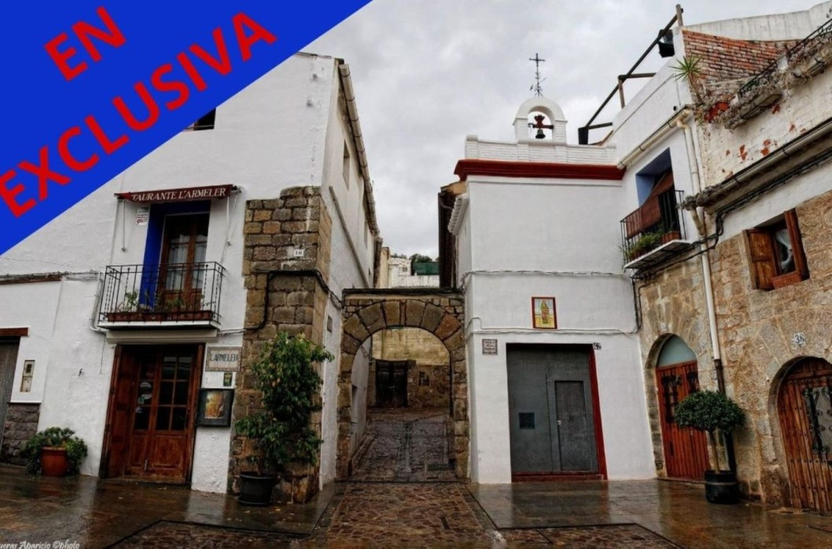 Casa Rural en Venta en  Sagunto/Sagunt