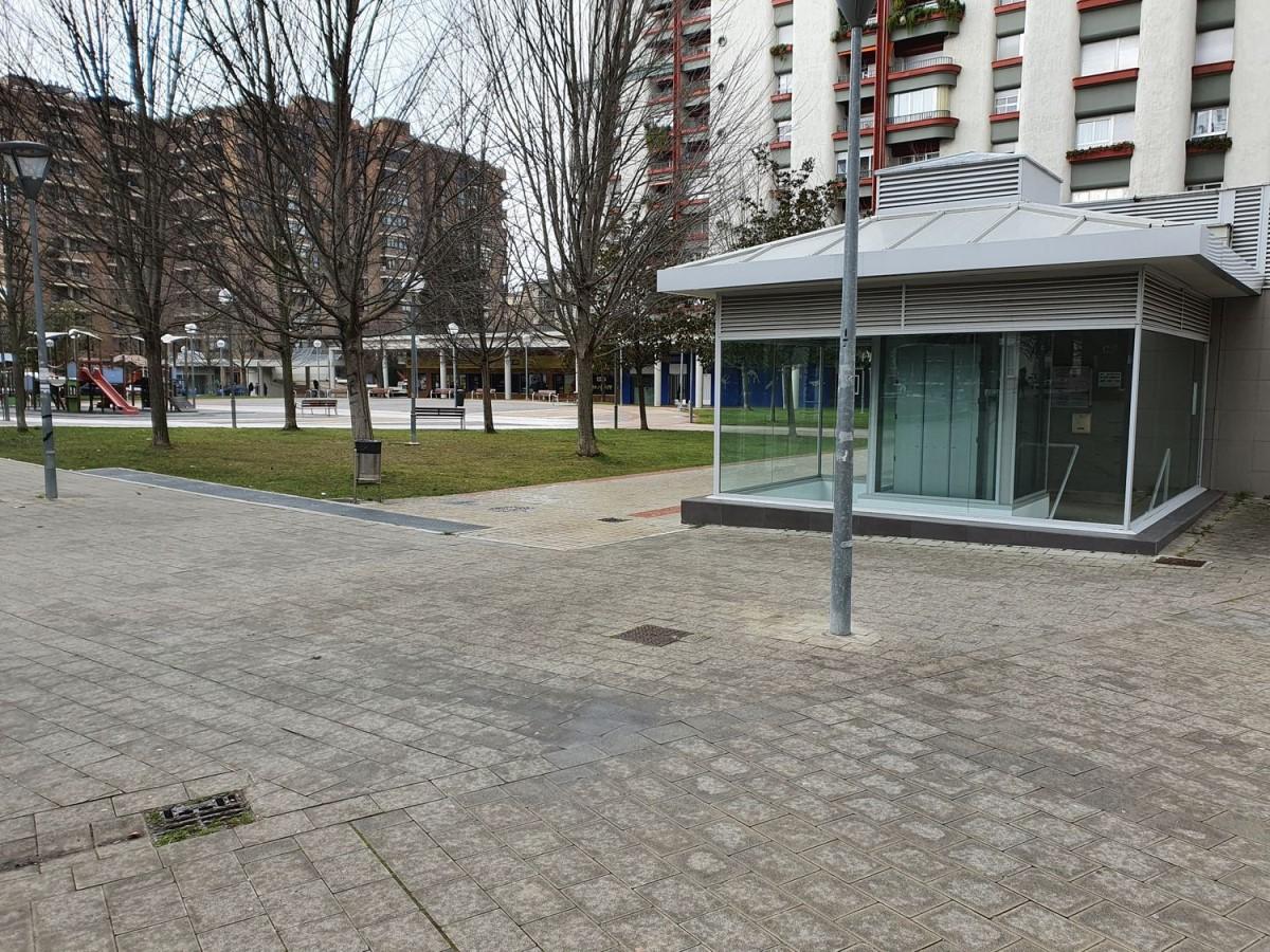 Garaje en Alquiler en  Pamplona/Iruña