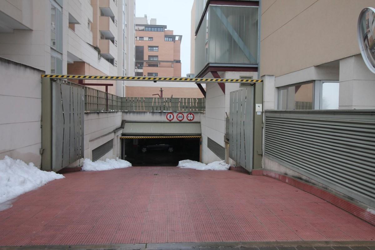 Garaje en Venta en Fuencarral, Madrid