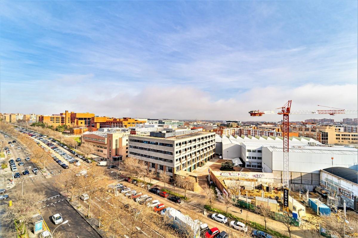 Nave Industrial en Alquiler en San Blas, Madrid