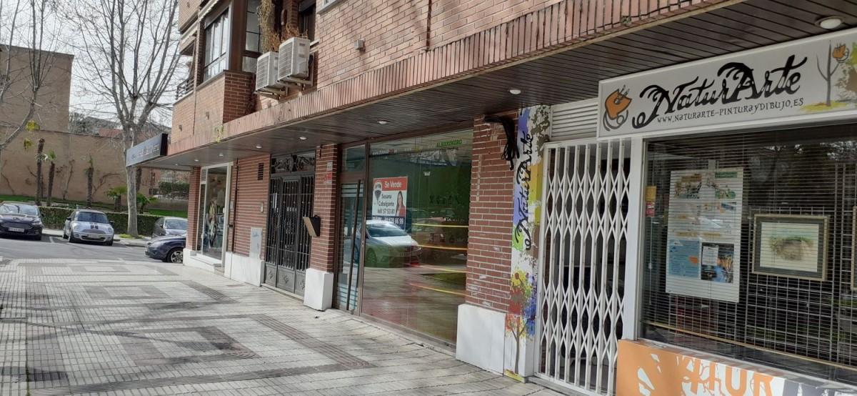 Local Comercial en Venta en  Villaviciosa de Odón