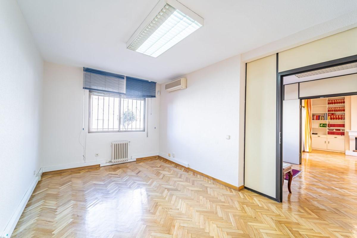 Oficina en Alquiler en Hortaleza, Madrid