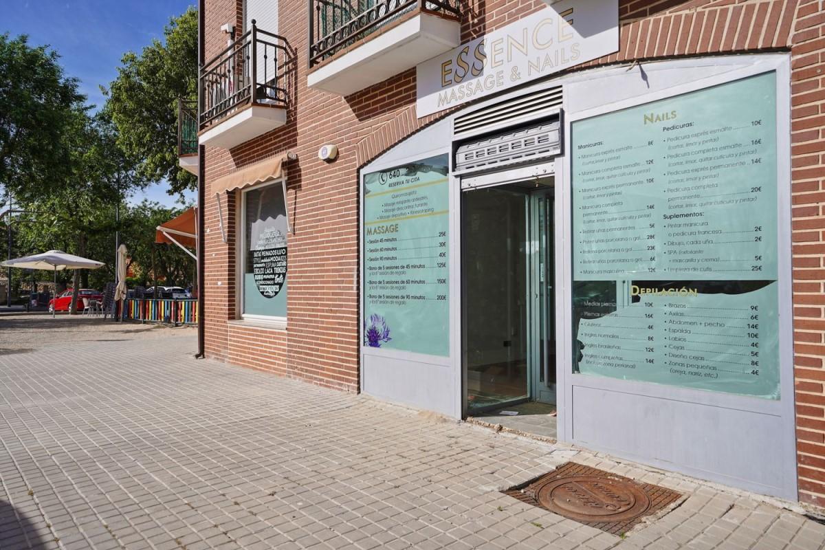 Local Comercial en Venta en  Sevilla la Nueva