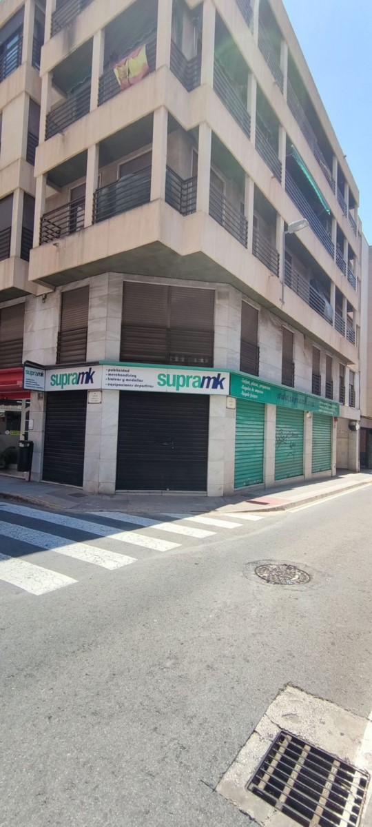 Local Comercial en Alquiler en Elche Ciudad, Elche/Elx