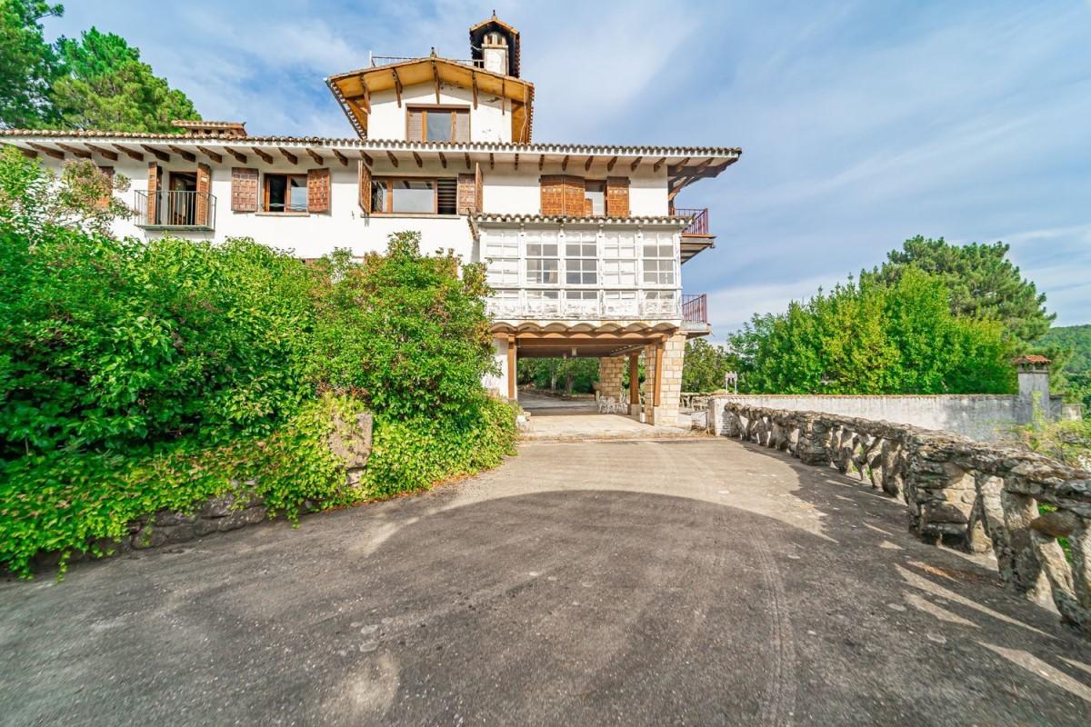 Casa Rural en Venta en  Arenas de San Pedro