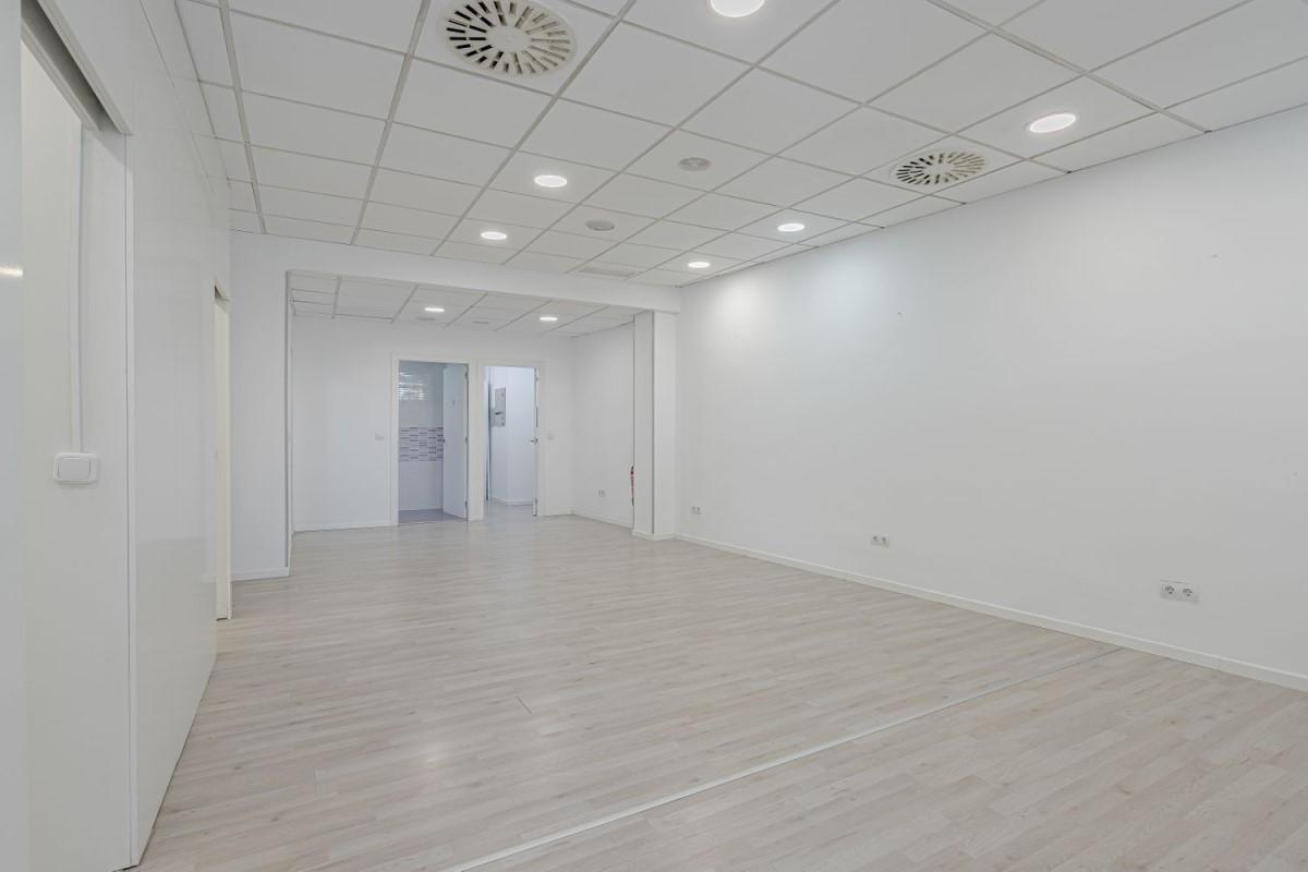 Oficina en Alquiler en Moratalaz, Madrid