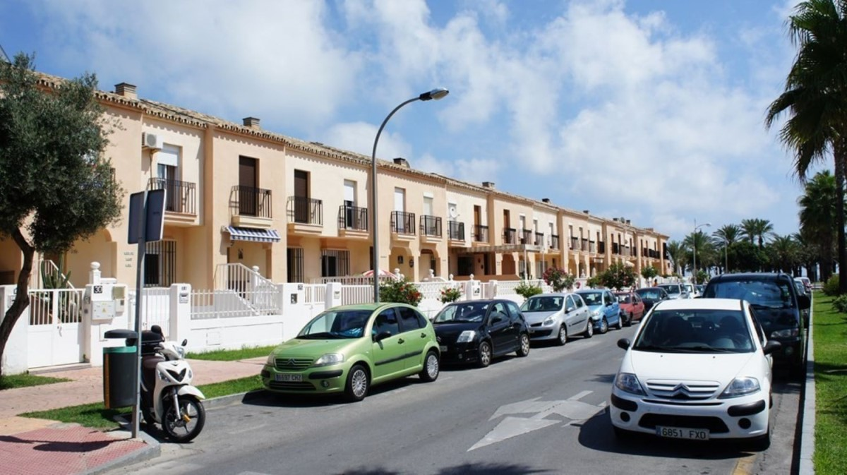 Chalet Adosado en Alquiler en Playamar, Torremolinos